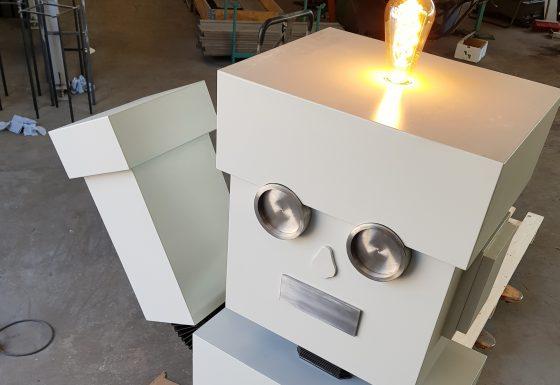 Roboter aus Aluminium